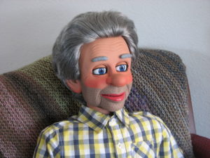bud-chair-ventriloquist-figure-2