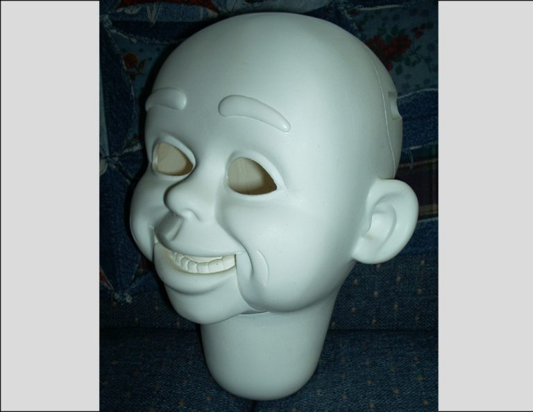 eddie-ventrilooquist-dummy-head-wd