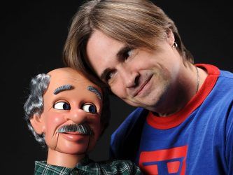 robert-og-ventriloquist-figure